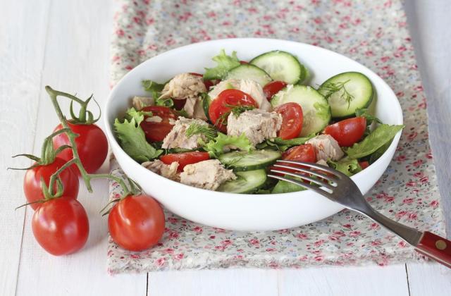 Salade de concombre, tomates et thon - Photo par 750g