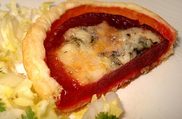 Tartelette de betterave rouge au roquefort - Photo par RecettesSimples
