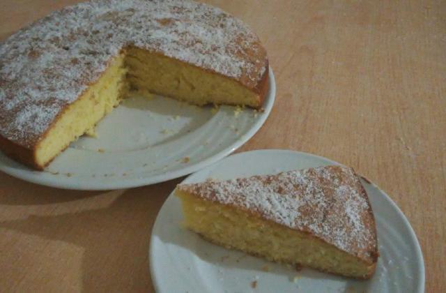 Gâteau au yaourt à la vanille - Photo par bontch