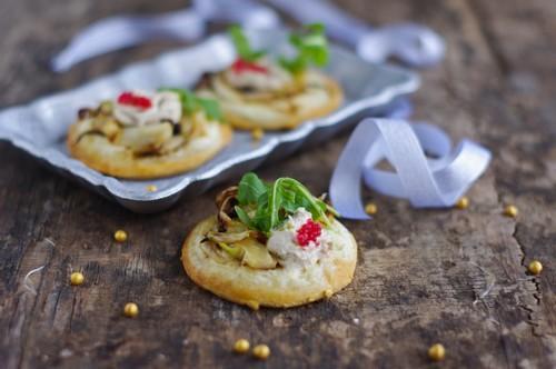 Pizzettes blanches fenouil et Fromagères Thon & St Môret Coraya - Photo par Coraya