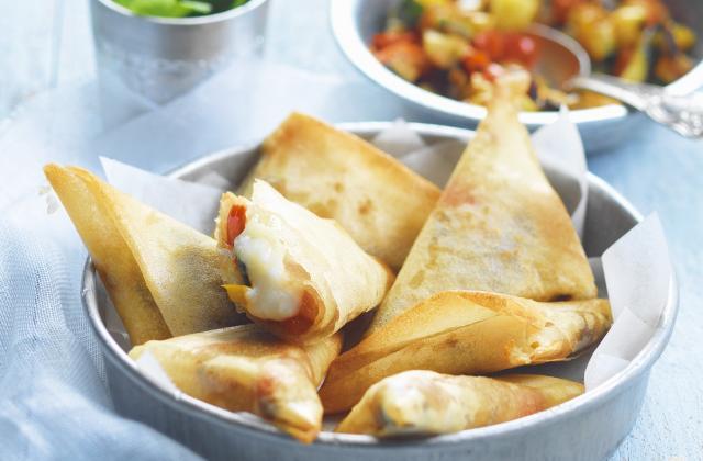 Samossas aux légumes grillés, épices douces et bûche de chèvre Chavroux® - Photo par Chavroux