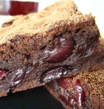 Brownies chocolat et cerises, sans beurre - Photo par 64sqft