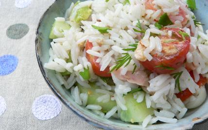 Salade de riz au surimi - Photo par moussaA