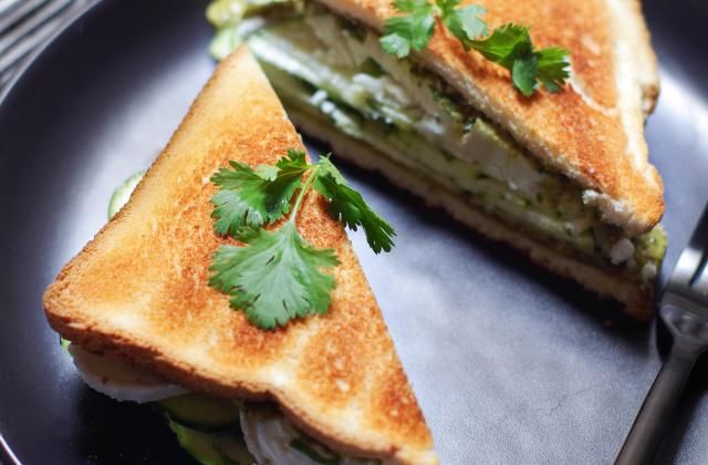 Club sandwich chèvre et courgettes - Photo par PourDeBon