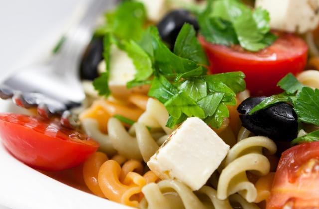 Salade de pâtes tricolores, tomates, et Caprice des Dieux - Photo par sandy