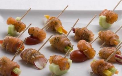 Mini-Brochettes de Saumon Fumé - Photo par Labeyrie