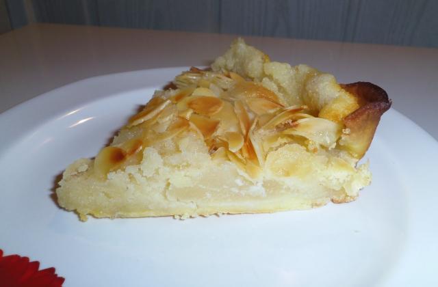 Tarte amandine aux poires sans œuf - Photo par blandinde