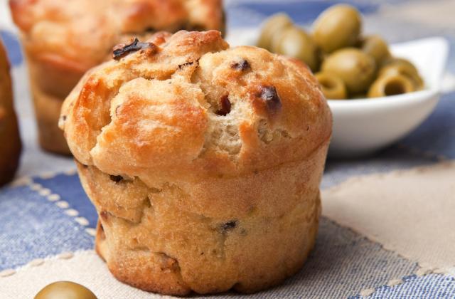 Cake aux olives au Camembert Le Rustique - Photo par 750g