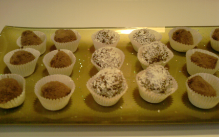 Truffes au chocolat faciles et rapides - Photo par ellenar