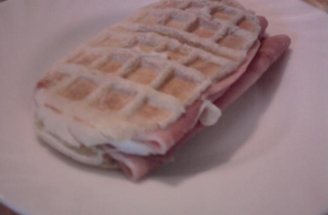 Pâte à panini à la machine à pain - Photo par balistikaurel