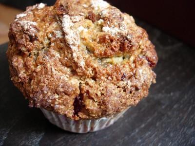 Les meilleurs muffins...version framboises matcha et chocolat blanc - Photo par 750g