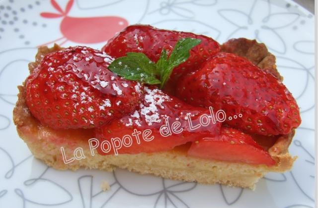 Tarte aux fraises façon amandine légère... - Photo par lapopotedelolo