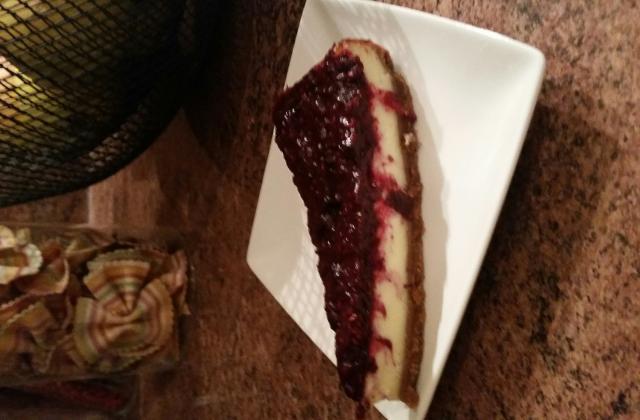Cheesecake aux fruits rouges et spéculoos au thermomix - Photo par Invité