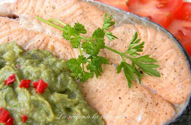Saumon de Norvège sauce à l'avocat - Photo par La soupe à la citrouille