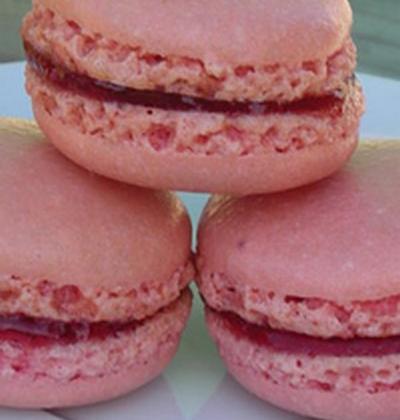 Macaron à la groseille - Photo par scomme