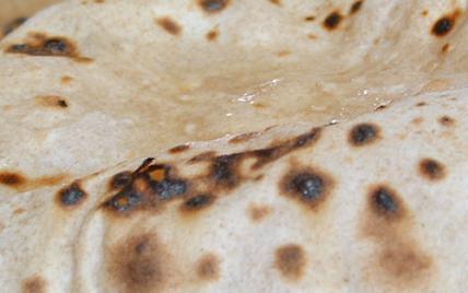 Pain indien le chapati - Photo par pankaj