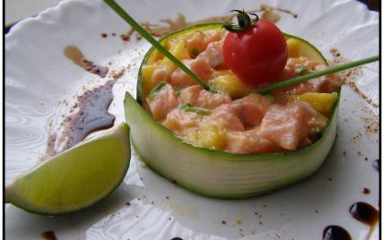 Tartare de saumon à la mangue - Photo par isabelukR
