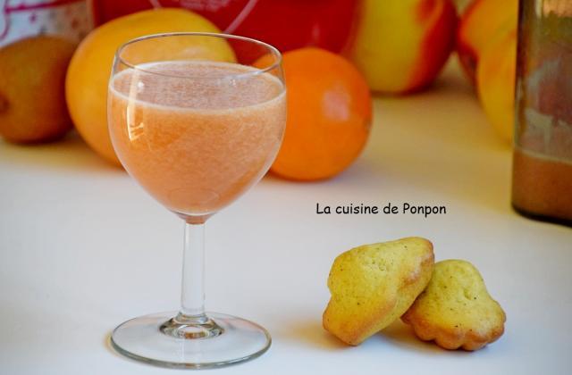 Jus d'orange, pamplemousse, kiwi et sirop d'amour - Photo par Ponpon