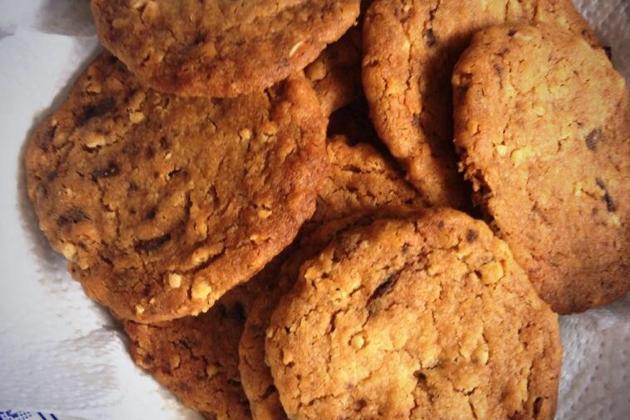 Cookies aux flocons d'avoines et 2 chocolats - Photo par anaeleq