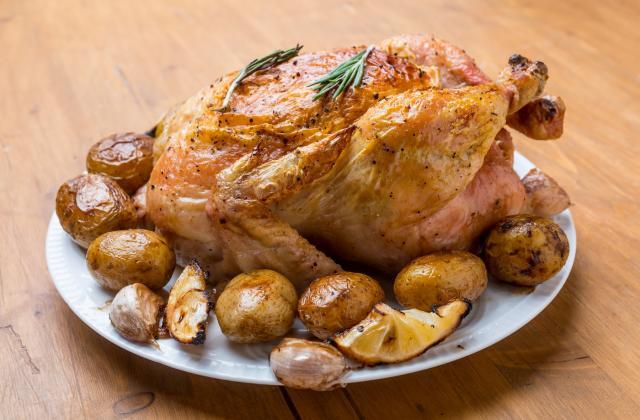 Poulet rôti et ses pommes de terre - Photo par 750g