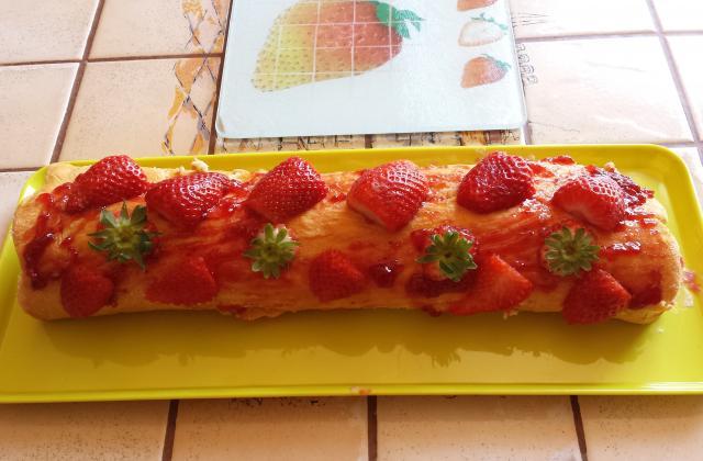 Gâteau roulé aux fraises et au mascarpone - Photo par Communauté 750g