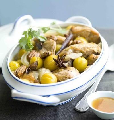 Tajine de poulet, mirabelles, noix de pécan et miel d'oranger - Photo par Le Syndicat Français des Miels