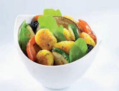 Salade de polenta comté et basilic aux légumes - Photo par Saint Jean