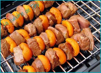 Brochettes de magret de canard aux abricots - Photo par pasteua