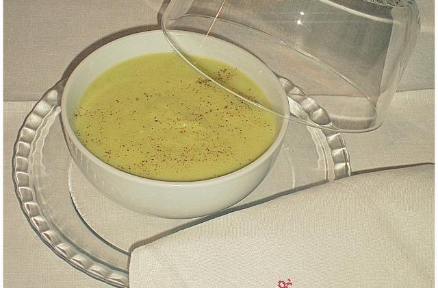Soupe d'endives au roquefort - Photo par La petite cuisine de Sabine