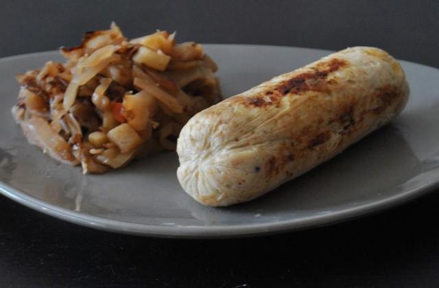 Compotée de chou blanc au vinaigre de cidre et boudin blanc - Photo par popottedepop