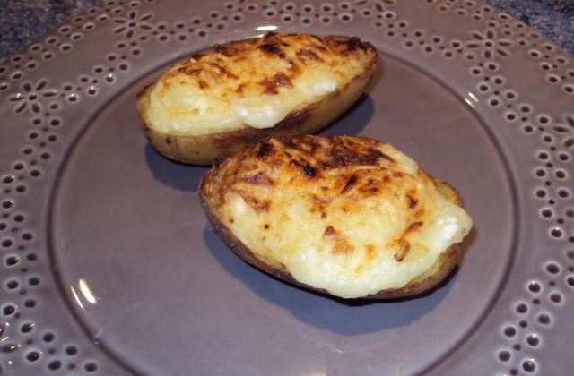 Pommes de terre au four et Cottage Cheese - Photo par bisseu