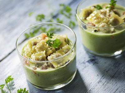 Gaspacho concombre et ravioles à poêler basilic - Photo par Saint Jean