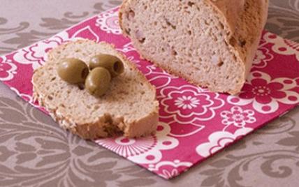 Pain aux lardons, olives et flocons d'avoine - Photo par Passion Céréales