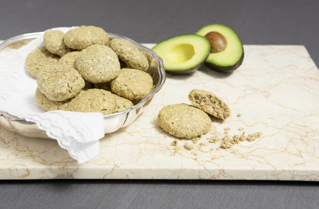 Biscuits de flocons d'avoine, noix sans beurre - Photo par 750g