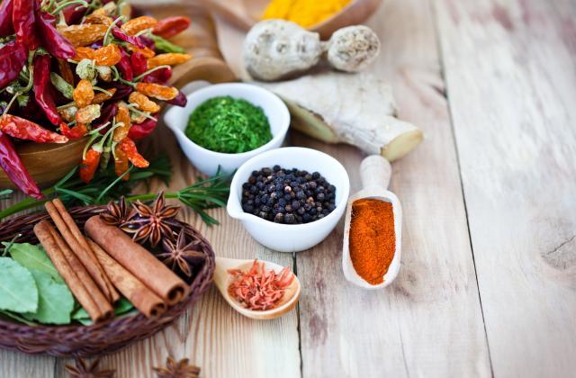 Ces 14 ingrédients qui peuvent remplacer le sel - Photo par 750g