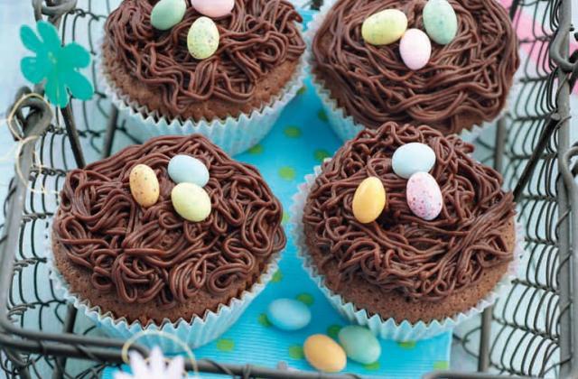 Petits nids au chocolat - Photo par Elle & Vire