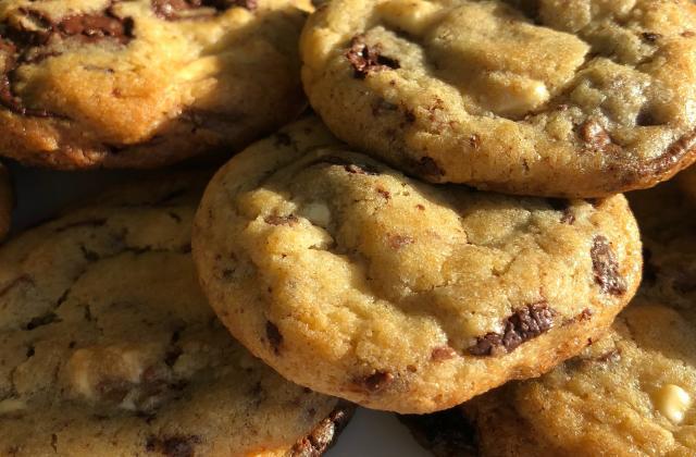 The best chocolate chip cookies E-V-E-R - Photo par Judith Pâtisse