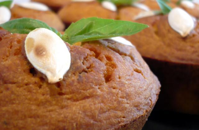 Muffins au potiron et noisettes croquantes au coeur de mozzarella - Photo par Tomate sans graines