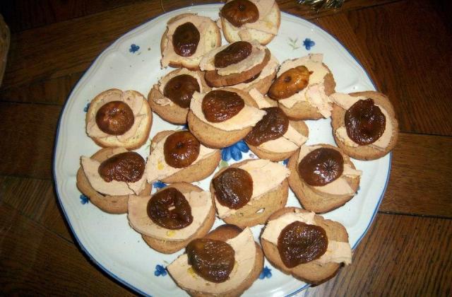 Toasts foie gras et figues - Photo par edithmangen