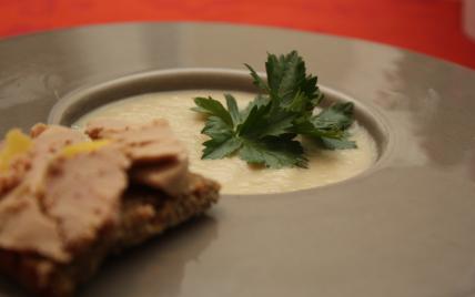 Potage de céleri-rave et foie gras - Photo par lauracra