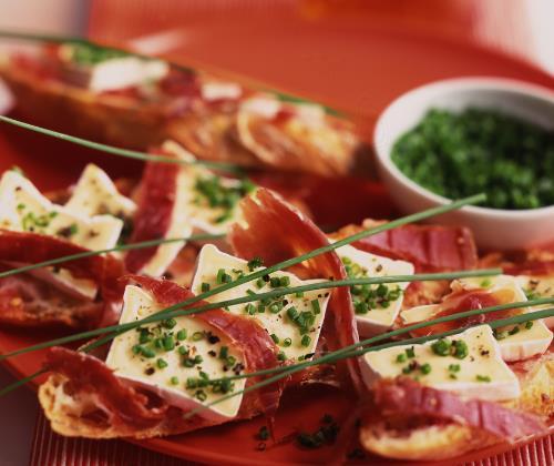 Tartines au Mini Caprice et à la tomate - Photo par Quiveutdufromage.com