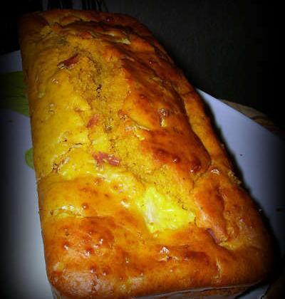 Cake évasion jambon, ananas, fromage de chèvre, épices à colombo - Photo par Marjolaine86