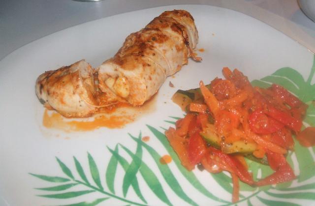 Roulé de filet de poulet et poêlée de légumes - Photo par laura73