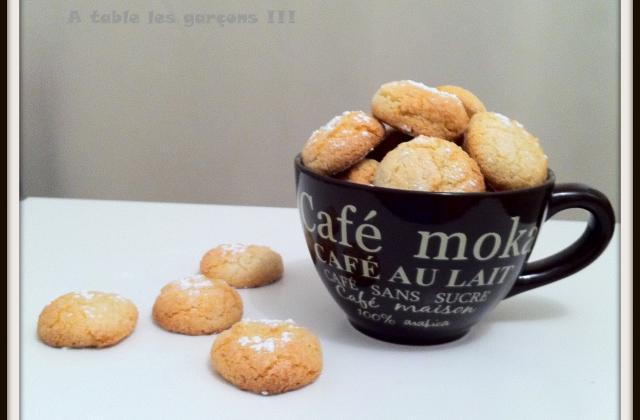 Amarettis classiques - Photo par A table les garçons !!!