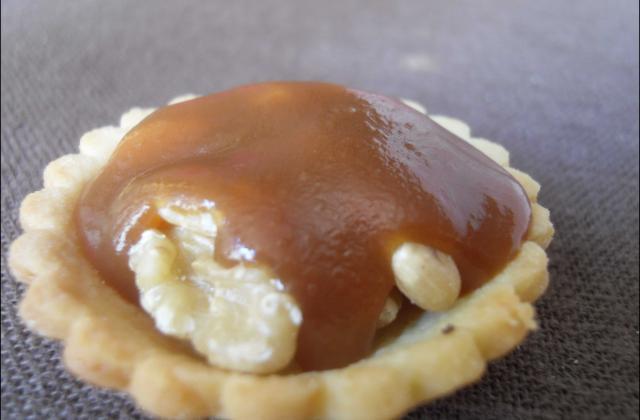 Tartelettes sablées au caramel et aux noix - Photo par aureliVD