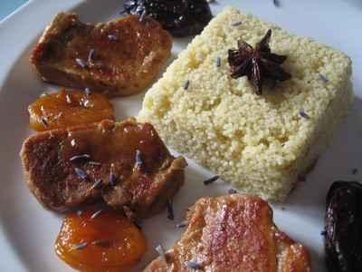 Filet mignon de porc aux fruits secs et à la lavande - Photo par nathalh2d