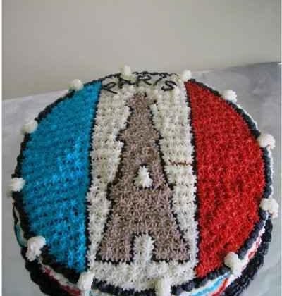 Gâteau fondant et son nappage fantaisie - Photo par Agathe