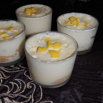 Tiramisu à la mangue et noix de coco - Photo par lolibox