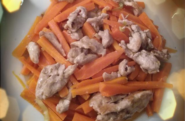 Porc sauté aux carottes (ou autres légumes) - Photo par cantonaiseenfrance