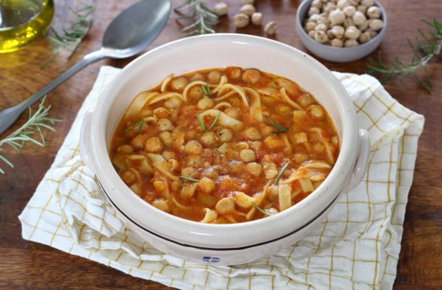 Soupe de pois chiches et pâtes (pasta e ceci) - Photo par Silvia Santucci